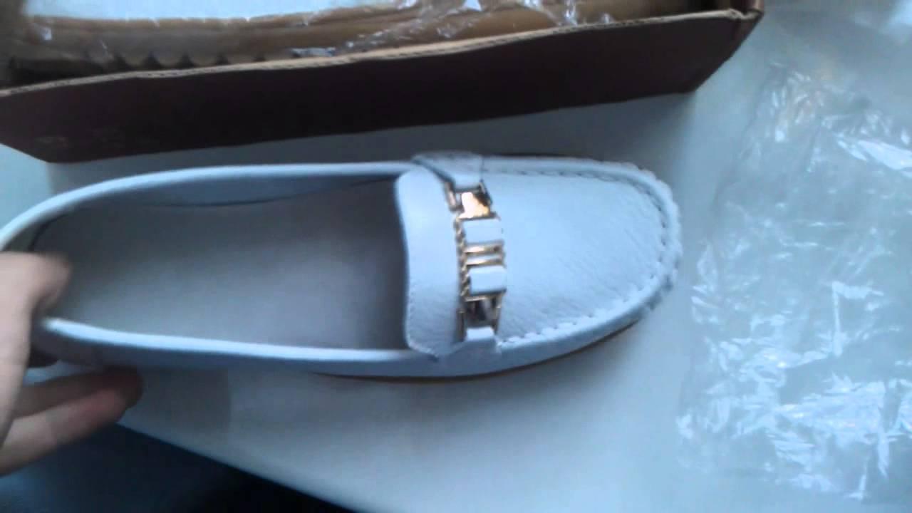 Ботинки лоферы женские черные на каблуке со шнуровкой Mallanee .