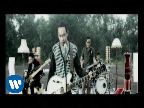 "Jikustik - ""Melupakanmu"" (Official Video)"