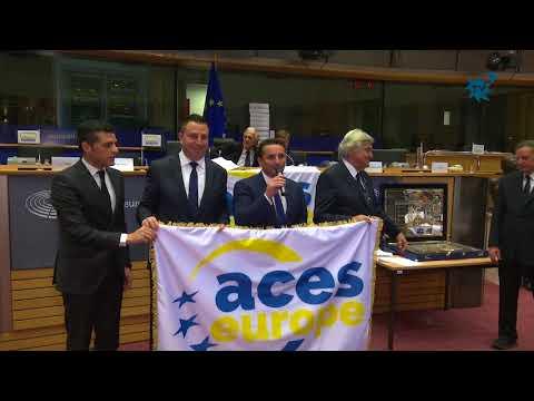 """La Nucía recibe el  premio de  """"Mejor Villa Europea del Deporte de todos los tiempos"""""""