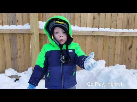 fun-in-the-snow-!-paw-patrol,-basketball,-toys