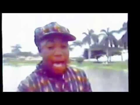 """ELIO BOOM - LA TURBINA """" un delo to """" (vídeo oficial ) 1995"""