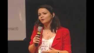 Como olhar o mundo com olhos de antropólogo: Kamyla Maia at TEDxUFG