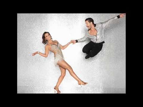 dancing with the stars couples dating 2011