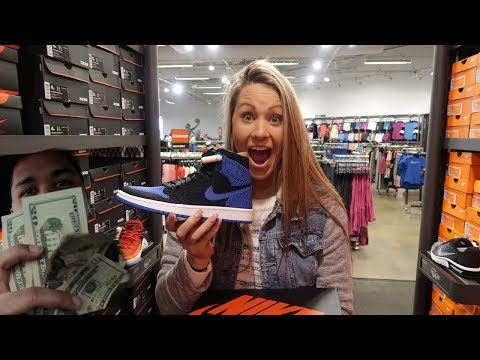 WHAT CAN $100 GET YOU AT THE NIKE FACTORY STORE!! | A SNEAKER LIFE