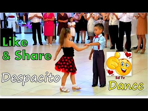 Kids Dancing On Despacito - Luis Fonsi