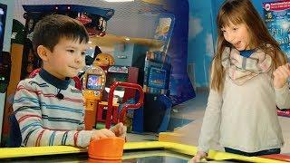 Игра удалась! Денис потерял покупки из магазина. Funny kids Playtime for children