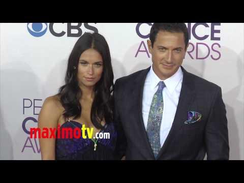 Sasha Roiz People's Choice Awards 2013 Red Carpet Arrivals