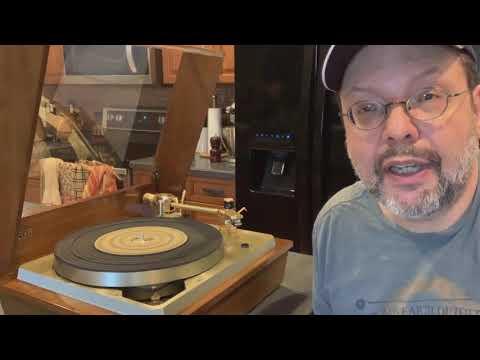 1. Turntables Are Cool, Vinyl Sucks! My Empire Troubadour 598 II Turntable.