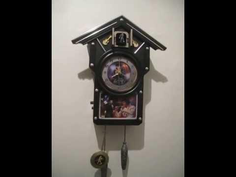 Elvis Clock 1