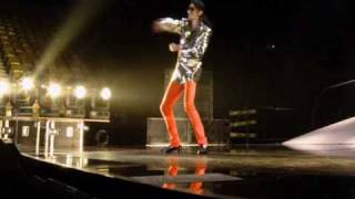 Michael Jackson - Why you wanna Trip on me with lyrics on video