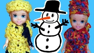 SNOWMAN ! ELSA and ANNA toddlers PLAY in the Snow and build a SNOWMAN! Olaf is there!