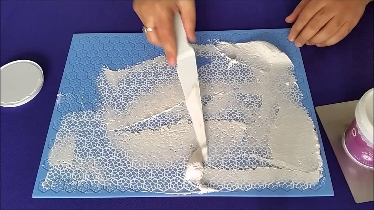 how-to-make-snowflake-stencil