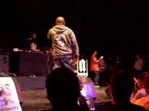 CHINO XL & CROOKED I-Tap Dancing-live unity
