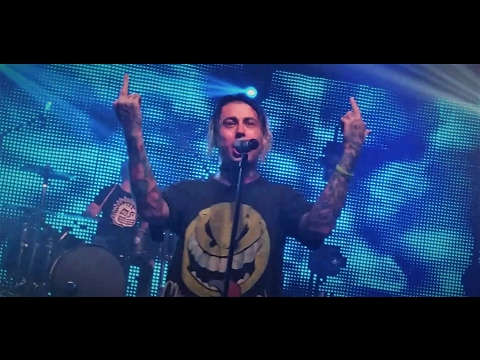 Falling In Reverse- The Westerner live