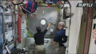 Выход в открытый космос автронавтов NASA и ESA — LIVE