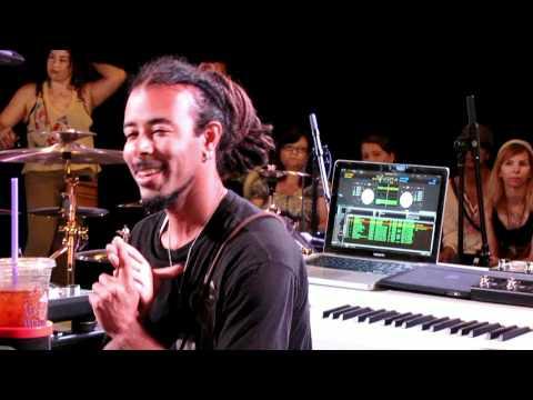 DJ Kilmore Clinic - Incubus HQ Live July 3, 2011