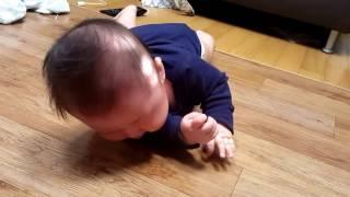 아기 뒤집기 성공