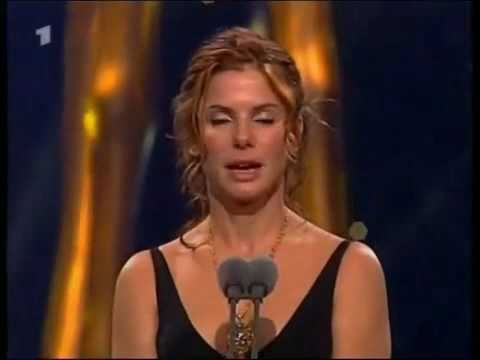 Sandra Bullock Speaks Fluent German