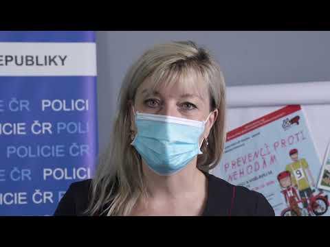 Police ČR zdraví děti v dětských domovech