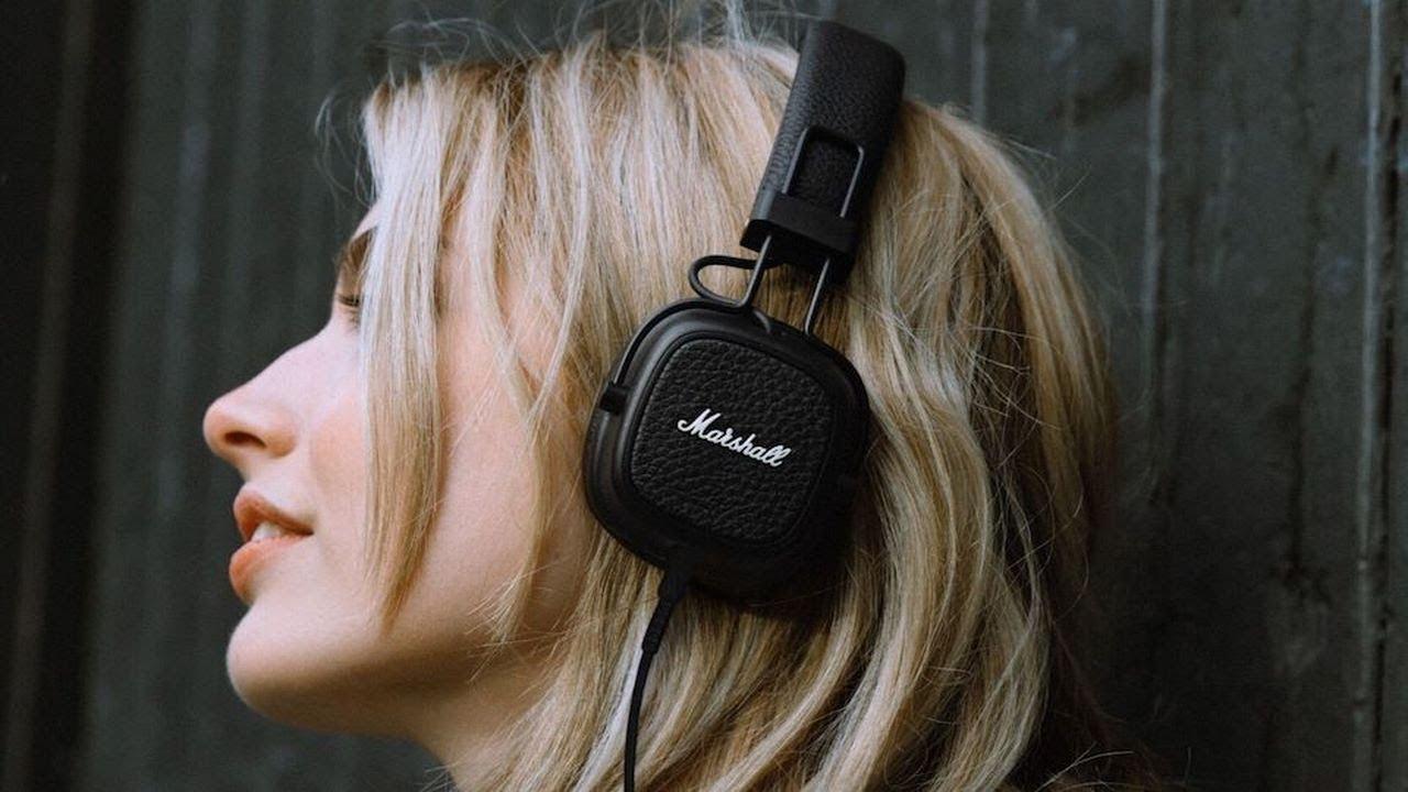 8fad8e5ae44 Marshall on the headphones has now presented his model Major III and Major  III Bluetooth.