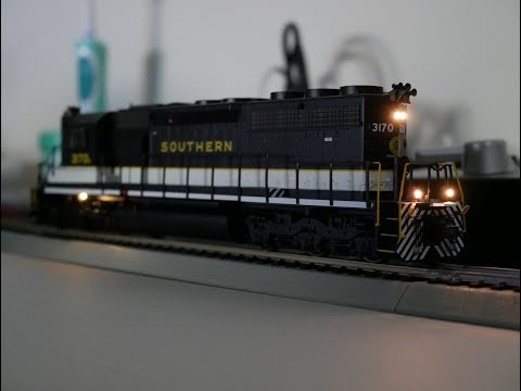 DCC Install: NS 3170 Athearn Ready-to-Roll SD40 High Hood