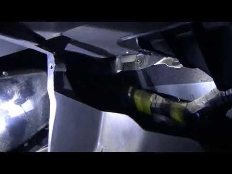 Romoving 85-95 Toyota Pickup Main Dash