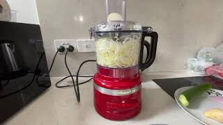 How to use the KitchenAid Food…