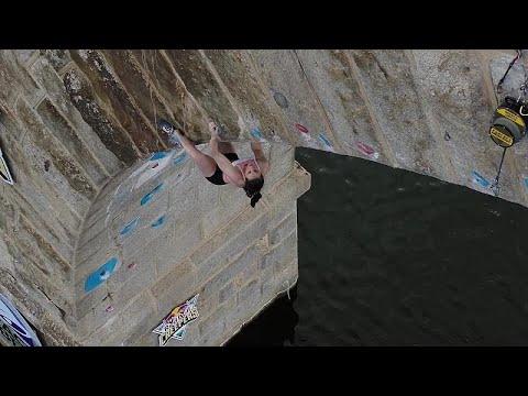 شاهد: تتويج شقيقين من سلوفينيا كملك وملكة رياضة التسلق الفردي فوق المياه  …  - نشر قبل 2 ساعة
