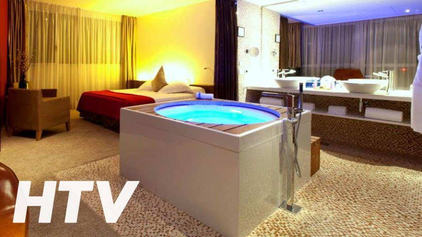 Hotel sb diagonal zero barcelona youtube for Appart hotel jacuzzi