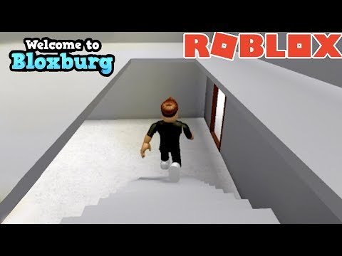 STAIRS ON BLOXBURG | HOW TO MAKE A HOLE | ROBLOX GAMING | FAMBAM GAMING