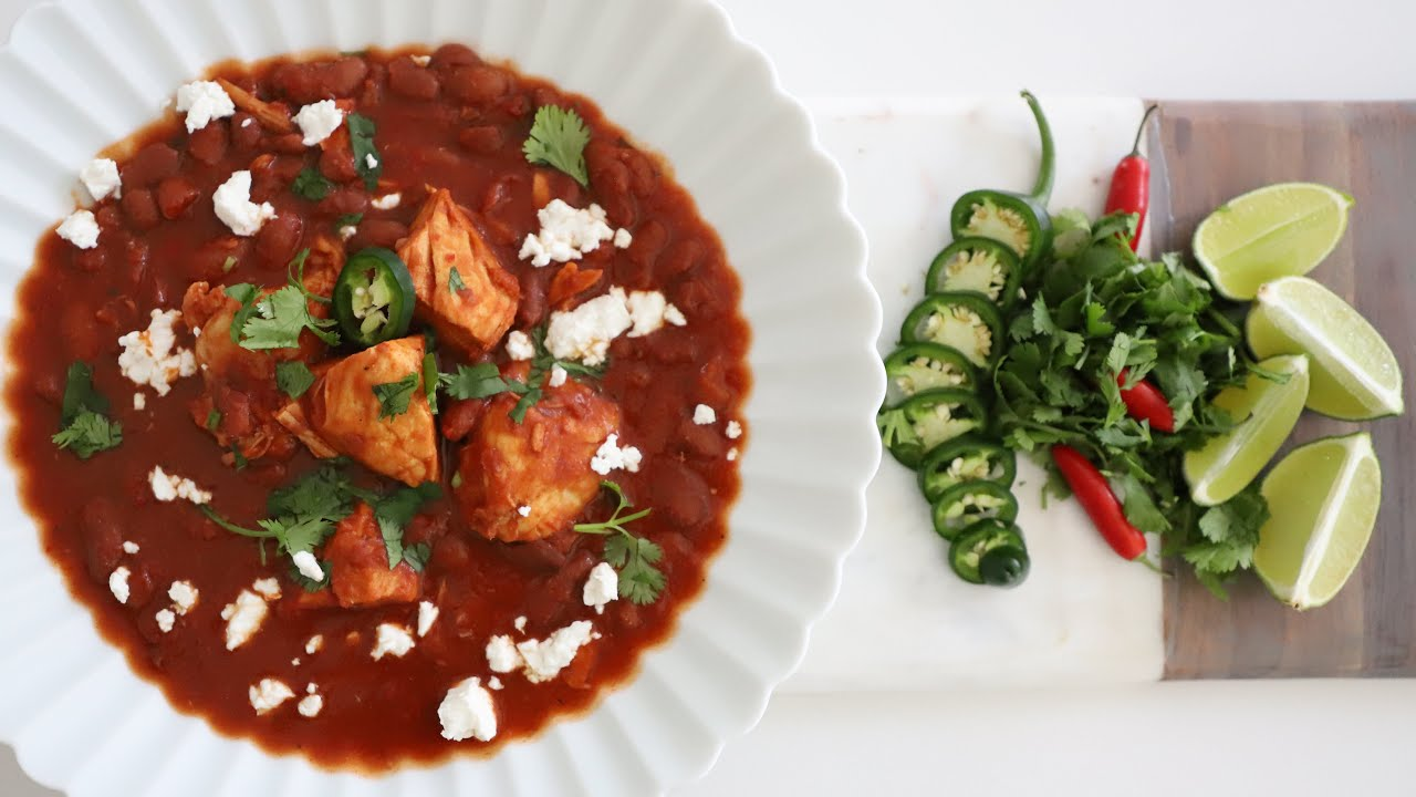 Chicken and Kidney Beans in Heavy Tomato Sauce - Heghineh Cooking Show