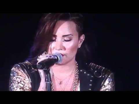 Download Demi Lovato- Nightingale (Live emotional)