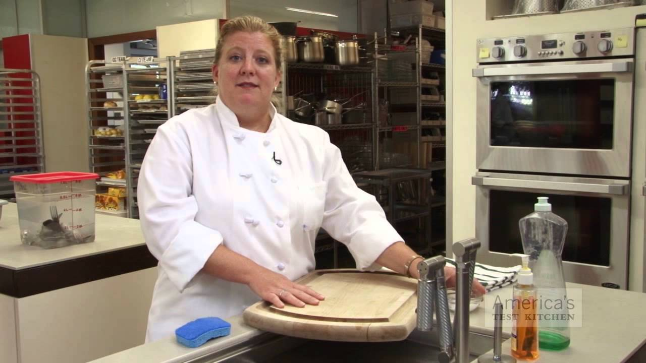 ask the test kitchen what is the best way to sanitize my wooden cutting board youtube. Black Bedroom Furniture Sets. Home Design Ideas
