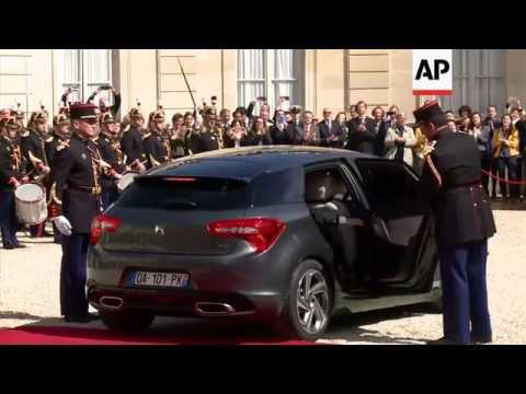 Hollande leaves the Elysee Palace