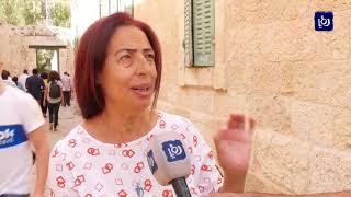 توتر عقب اعتداء الاحتلال على الرهبان الأقباط في ساحة كنيسة القيامة - (24-10-2018)