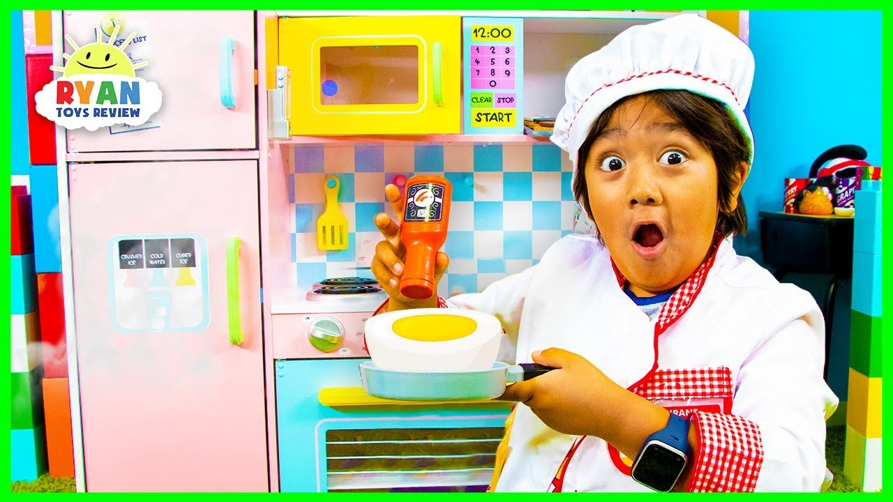 Ryan Pretend Play Cooking With Kitchen Play Set And Food