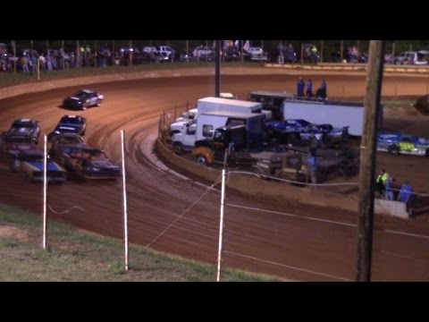 Winder Barrow Speedway Stock Eight Cylinders Race 4/16/16