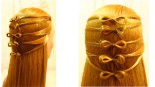 Простая прическа в школу на длинные волосы.  Easy girls hairstyle(Простая прическа в школу на длинные волосы. Easy girls hairstyle Канал с прическами http://www.youtube.com/user/LiliaLady777 Предлагаю..., 2015-07-17T14:35:38.000Z)