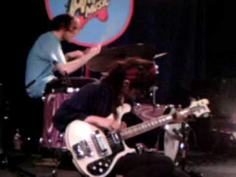 "Warpaint - ""Lissies Heart Murmur"" at Amoeba Music L.A."