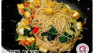 Tallarines  con tofu 🍝 Comida China vegetariana 🥒 🇨🇳 En vivo.