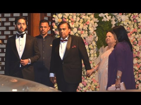 Mukesh Ambani's Family At 1200 Crore Lavish Mumbai House Ant