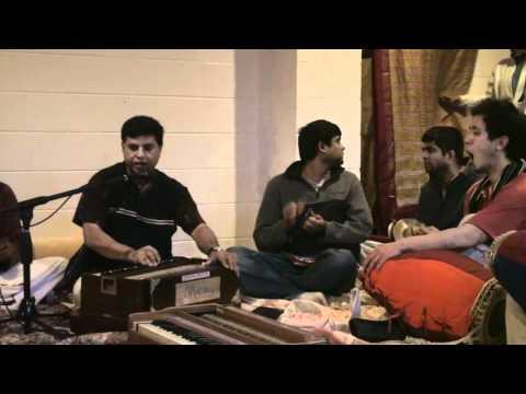 Bhajan - 24hr Kirtan - Madhava Hari das - 16/26