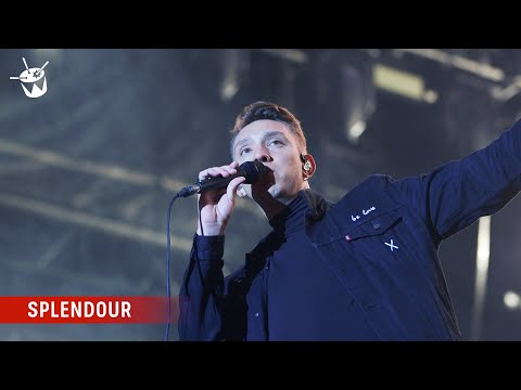 The xx s Oliver Sim has a special moment with the Splendour crowd