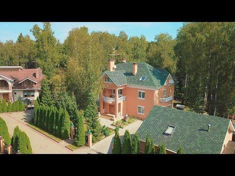 Дом с бассейном на лесном участке с ручьем в поселке Ново-Троицкое рядом с Троицком в Новой Москве
