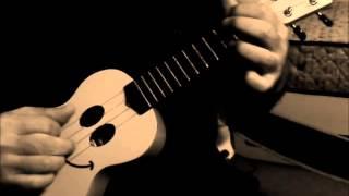 ニコレレで弾いてみました。 懐かしい曲です。