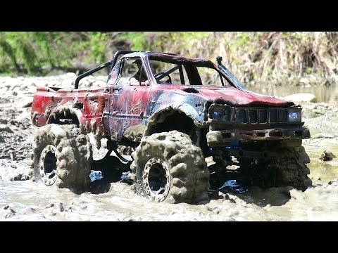 RC ADVENTURES - TOP GEAR MUD BoGGiNG - Toyota Hilux - RC4WD Trail Finder 2