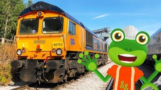 Gecko And The Freight Train | Gecko's Real Vehicles | Educational Videos For Toddlers
