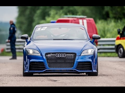 Audi TT RS vs Porsche 911 Turbo S (991)