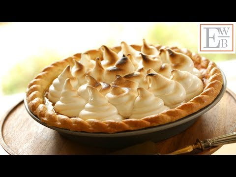 Beth's Pumpkin Pie Recipe With Marshmallow Topping | ENTERTAINING WITH BETH