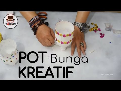 How to Make a Flower Pot from Used Bottles